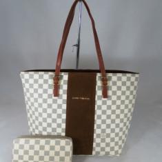Set dama geanta si portofel Louis Vuitton+CADOU - Geanta Dama, Culoare: Din imagine, Marime: Mare, Geanta de umar, Asemanator piele