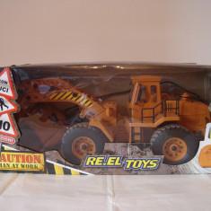 Masinuta-excavator cu telecomanda - Vehicul