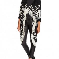 Cardigan negru cu franjuri asimetric aztec Vero Moda