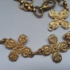 Frumoasa curea dama, metalica tip cruce, Marime: M/L, Culoare: Auriu