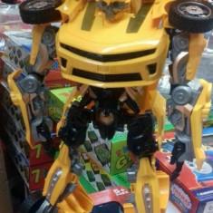 Robot transformer in masina 60 cm - Roboti de jucarie