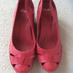 Pantofi piele naturala Clarks nr 6 - Pantof dama Clarks, Culoare: Rosu, Marime: 38