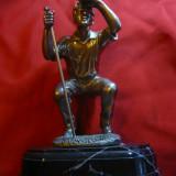 Statueta - Trofeu Golf Anglia, h= 20 cm din care soclul 3 cm - Sculptura