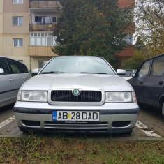 Skoda Octavia, An Fabricatie: 1999, Benzina, 206000 km, 1600 cmc
