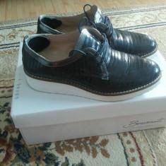 Pantofi cu talpa joasa din piele - Pantof dama Benvenuti, Culoare: Bleumarin, Marime: 36