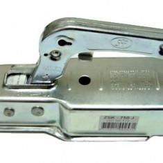 Cuplaj remorca 750Kg, profil ax patrat, 70 x 70 cm