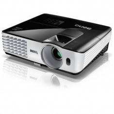 Videoproiector BenQ TH681+ plus-dlp-full-hd-1080-p-3200-ansi-12-000-1