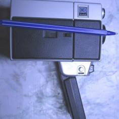 Camera aparat filmat veche Kodak mica cu husa de colectie din anii 60