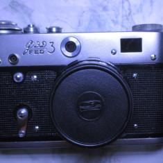 Aparat foto vechi cu Fed 3 cu husa functional - Aparat de Colectie