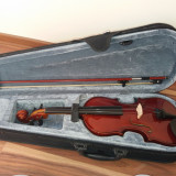 Vând vioară