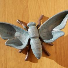 Scrumiera turnata din metal, in forma de insecta, vintage, anii 1960-70