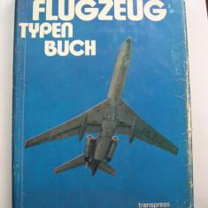 Marea  carte  cu  tipuri  de  avioane.  Descrie  1050 avioane  din  33 tari