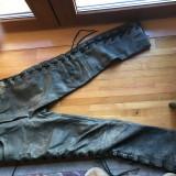 Pantaloni piele design moto/rocker/vintage, barbatesti, piele naturala - Pantaloni barbati, Marime: 50, Culoare: Gri