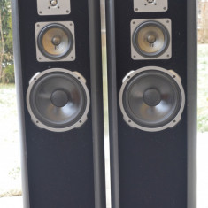 Boxe Quadral Amun Mk IV, Boxe compacte, 121-160W