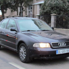 Audi A4, 1.6 benzina, an 1998, 200000 km, 1596 cmc