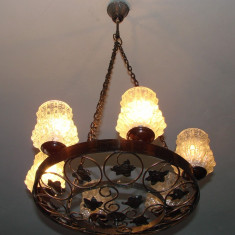 Candelabru vechi din metal cuprat prevazut cu sase globuri, Lustre