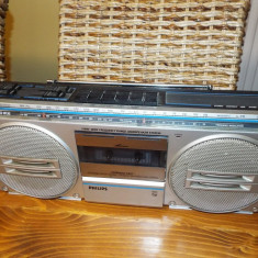 Radio casetofon PHILIPS D 8132