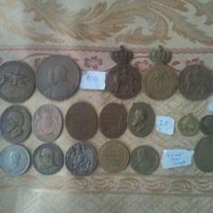 Lot medalii Ferdinand, Carol I, Carol II, Virtutea Militara, Serviciul Credinciosu - Medalii Romania
