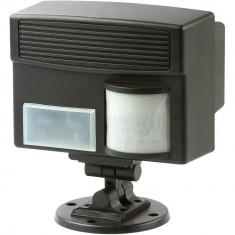 Aparat electronic cu ultrasunete si senzor PIR 60035 pentru alungarea animalelor, caini, pisici, pas - Aparat antidaunatori