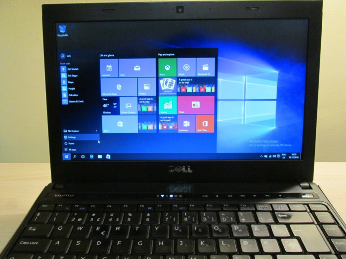 Laptop Dell vostr o 3300 foto mare