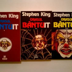 Stephen King - Orasul bantuit {3 volume} - Carte Horror