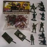 Soldat/soldati din plastic+2 tancuri