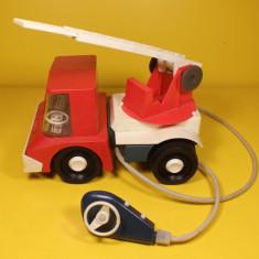 Jucarie veche masina de pompieri NORMA made in USSR (pentru piese) jucarie tabla - Jucarie de colectie