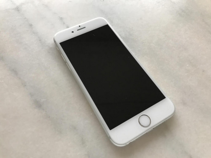 iPhone 6 64GB Silver stare foarte buna,NEVERLOCKED,full,gar 1 luna - 1399 RON ! foto mare