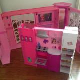 Casa Barbie - Barbie Pink World House