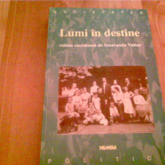 LUMI IN DESTINE -SMARANDA VULTUR - Carte de colectie, Nemira
