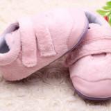 Adidasi plusati pentru fetite - Little Teddy