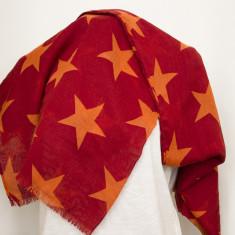 Esarfa mare, culoare rosu inchis cu stele portocalii