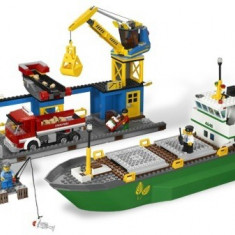 Portul LEGO City (4645) - LEGO Super Heroes