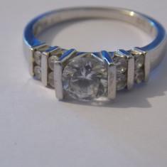 Inel argint cu zirconii - 186