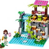 Salvarea de la cascada din jungla (41033)