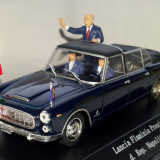STARLINE limuzina prezidentiala Lancia Flaminia  + figurine 2009   1:43