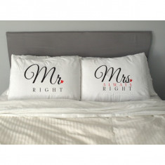 FETE DE PERNA PERSONALIZATE - MR And MRS Right - Fata de perna