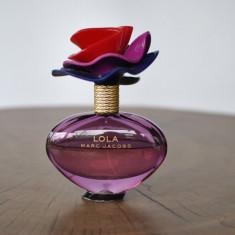 LOLA de MARC JACOBS / EDP 100 ML RAMAS JUMATATE - Parfum femeie Marc Jacobs, Apa de parfum, 50 ml