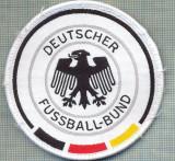 "241 -EMBLEMA-FEDERATIA GERMANA DE FOTBAL - ,,FUSSBALL-BUND"" -starea care se vede"