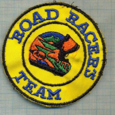 242 -EMBLEMA MOTOCICLISM - ROAD RACERS TEAM -starea care se vede