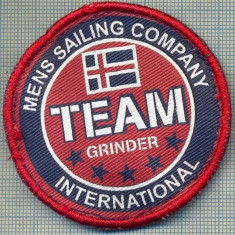 271 -EMBLEMA YACHTING -MENS SAILING COMPANY INTERNATIONAL -starea care se vede