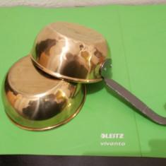 CASTRONEL si TIGAIE mica lucrate din ALAMA - Metal/Fonta