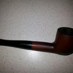 Pipa germana, dreapta, pentru fumat tutun, din lemn de briar