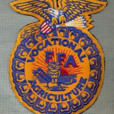 303 -EMBLEMA -VOCATIONAL FFA AGRICULTURE -INVATAMANT SUA -starea care se vede - Uniforma militara