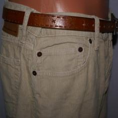 Pantaloni barbati GAP material reiat culoarea camel marimea W33 L34, Lungi