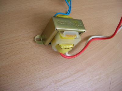 transformator 10 ,5 V 4W foto
