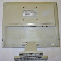 DEFECT: monitor LCD IIYAMA ProLite E380S 15 inch cu display si picior impecabile, 1024 x 768, VGA (D-SUB), TN
