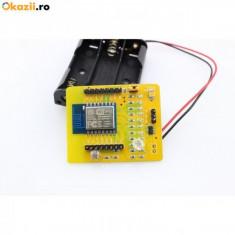 Placa dezvoltare WIFI ESP8266 ESP-12 cu case pt baterii si senzor de lumina