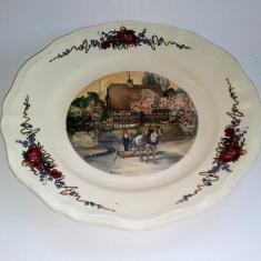 Farfurie decorativa Franta - Obernai, casa rustica - Semnata H. Loux - Arta Ceramica