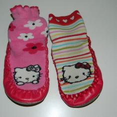 Ciorapi, ciorapei cu talpa antiderapanta, marimea 26-27, Hello Kitty- Sanrio - Ciorapi Copii